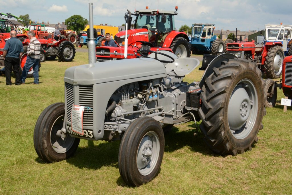 CELEBRATE 70 YEARS OF FERGUSON TRACTORS AT VINTAGE RALLY