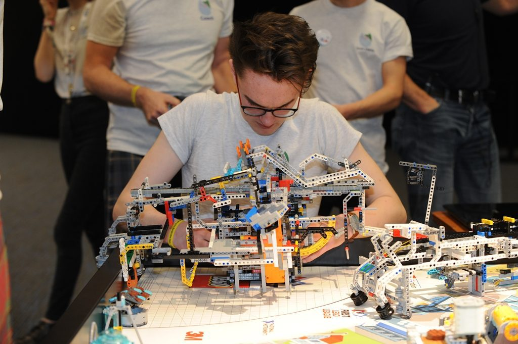 ROBOTIC CHAMPIONS FROM WALLACE HALL ACADEMY ARE 'BRICKING' IT