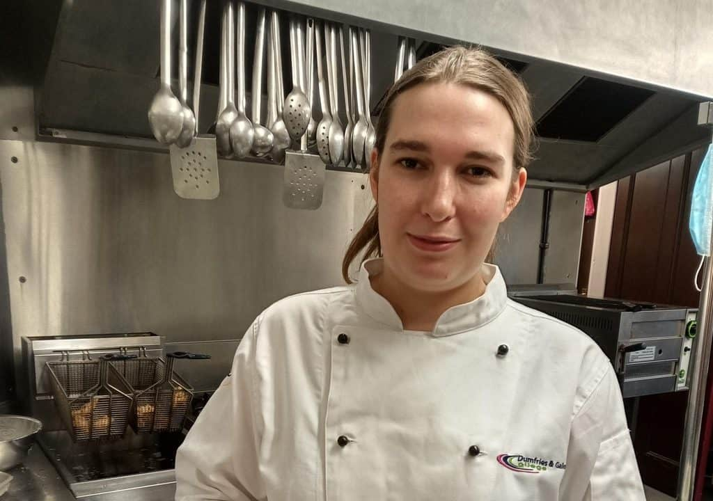 Top DGC Chef to Compete in Seafood Competition