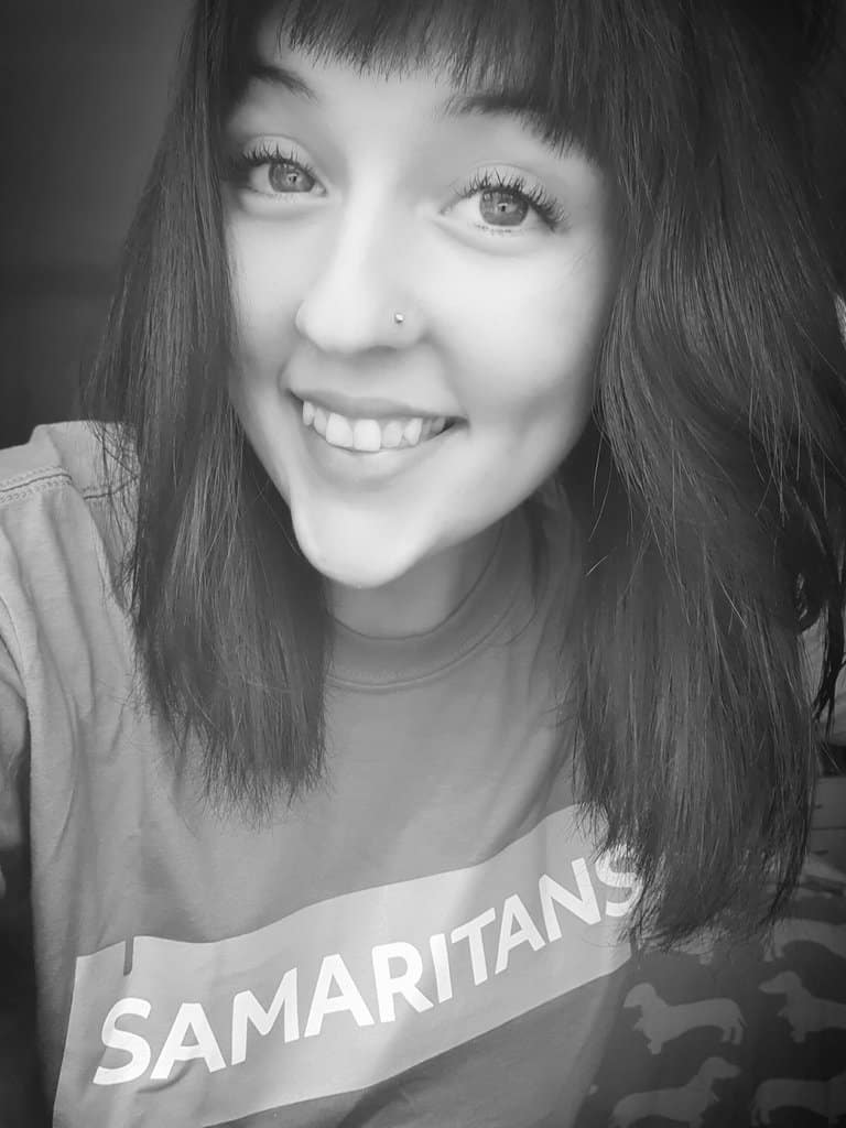 Dalbeattie Lass Sarah Leaps to Action To Raise Funds for The Samaritans